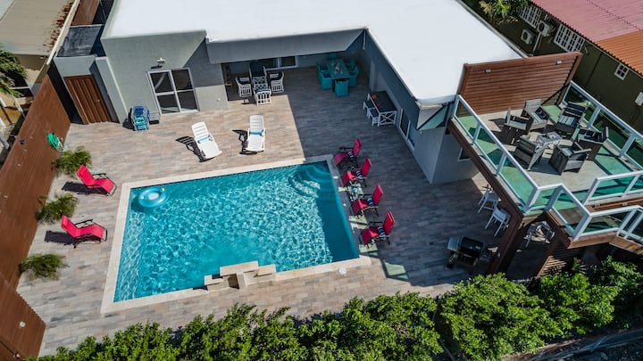 Brand New Villa with upper deck ocean view