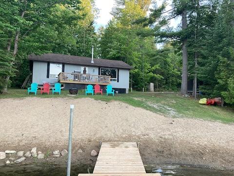 Constant Lake Cottage Getaway
