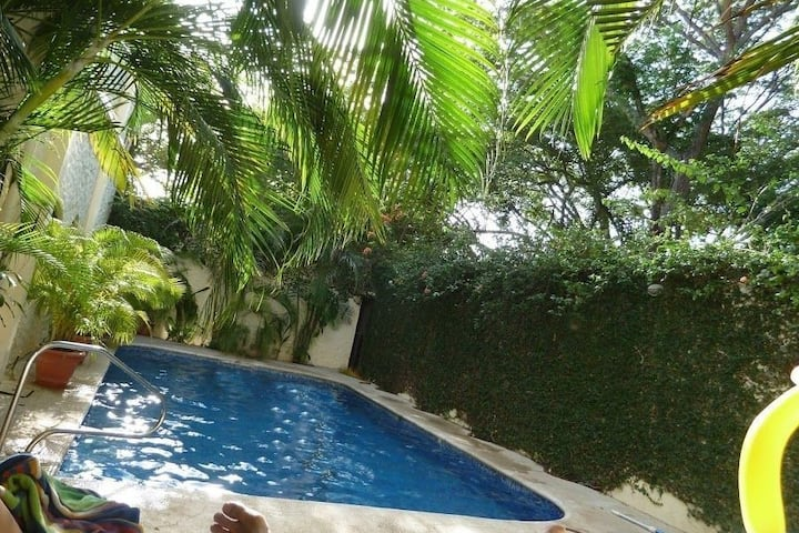 La Buena Vida 4 -Home with Greenspace & Pool View