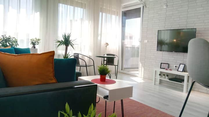 Balcony★Smart TV★Full Kitchen★Long Stay DSCT★★★★★