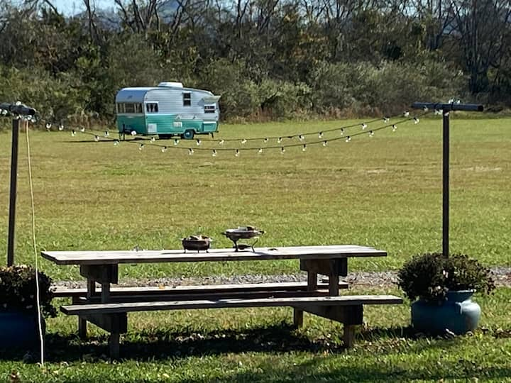 Country Camping - Near Hop Springs