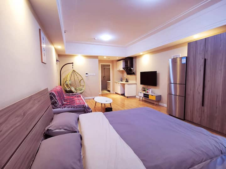 『万达拾光公寓』现代大床房——牡丹江万达广场公寓