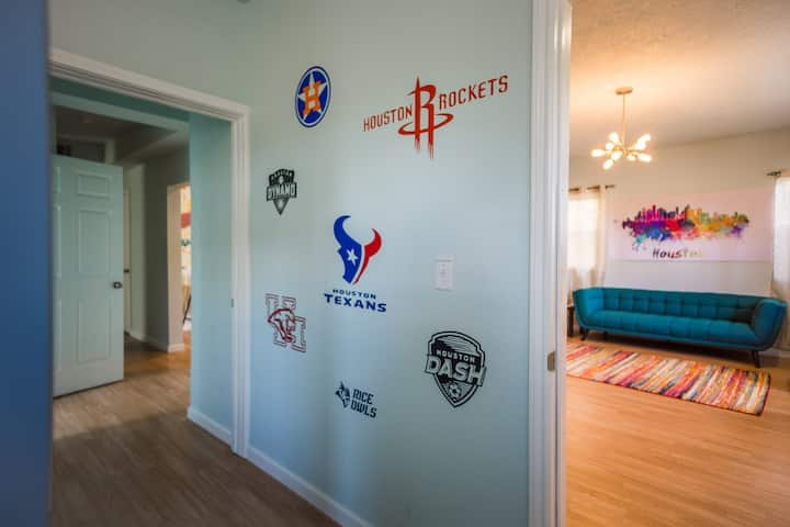 Houston Sports Teams Room @ Wanderstay Hostel