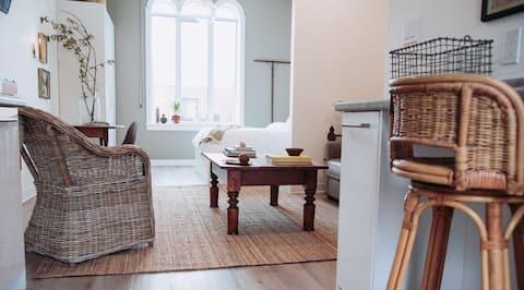 441A - Relaxing Getaway: Blyth Studio Suite