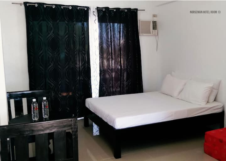 HOTEL ROOM 13 (COUPLE ROOM)- NORSEMAN BEACH RESORT