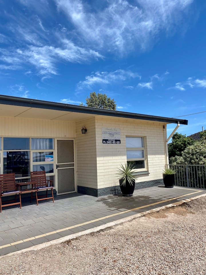 Streaky Bay Holiday Units - UNIT 1
