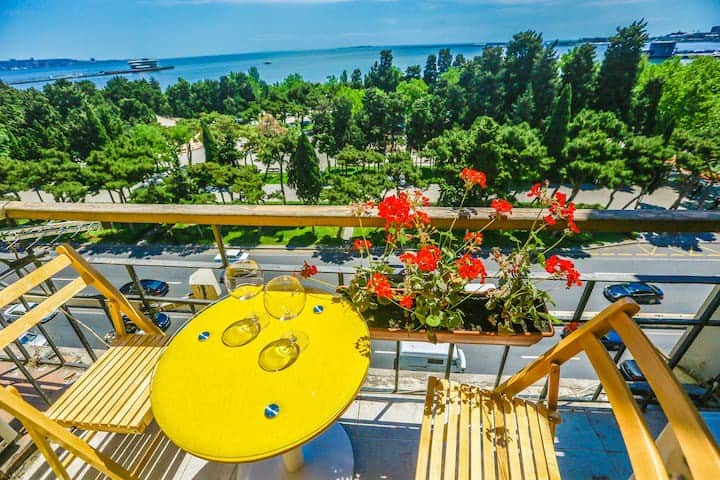 VIP F1 Circuit/Spectacular SEA VIEW apt with PATIO