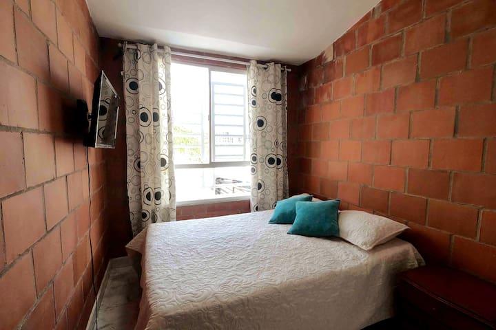 Habitación 2 con ventilador