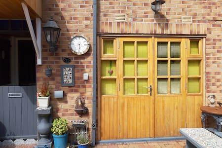 Entrance to studio apt