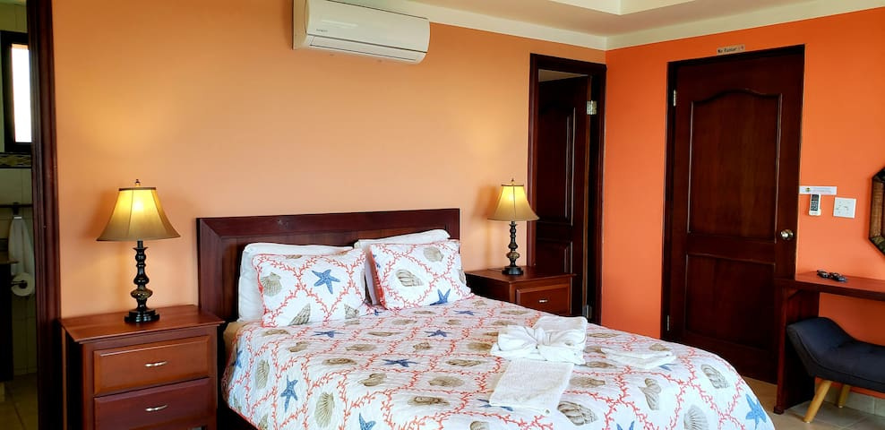 The Toucan Luxury Penthouse Suite with en Suite Bathroom and Dressing Room