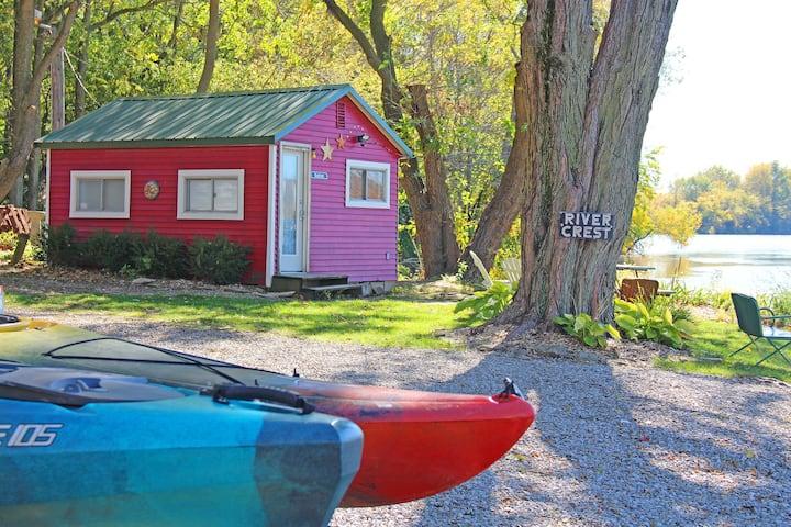 Whispering Walleye - Riverfront Cabin