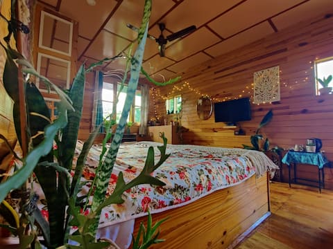 Chirping Wooden Chalet With Balcony+Mountain View