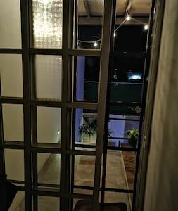 Entrada principal independiente 2ble puerta y mayor seguridad