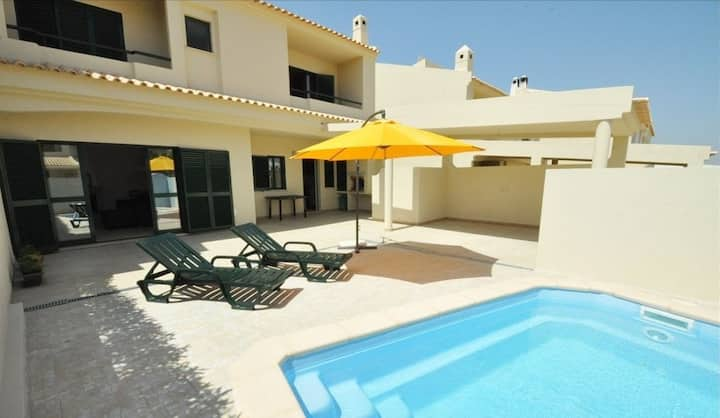 Villa Holiday House - Private Pool, 6px and BBQ