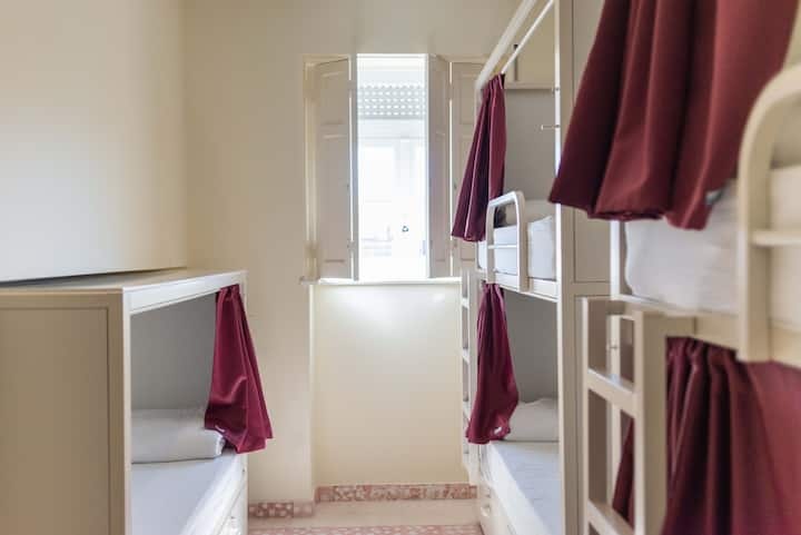 BED IN 5 BED MIXED DORM Sant Jordi Hostels