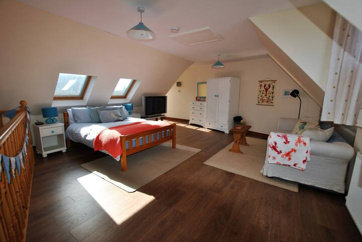 Carstairs Cabin- spacious studio in East Neuk