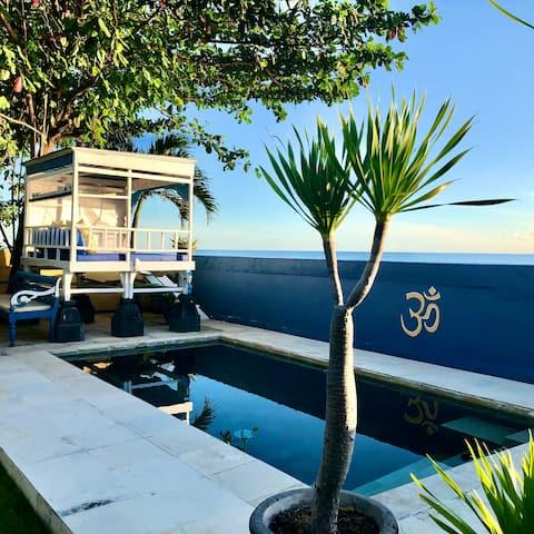 Beachfront King Suite - Pool & Amazing Sea View 1