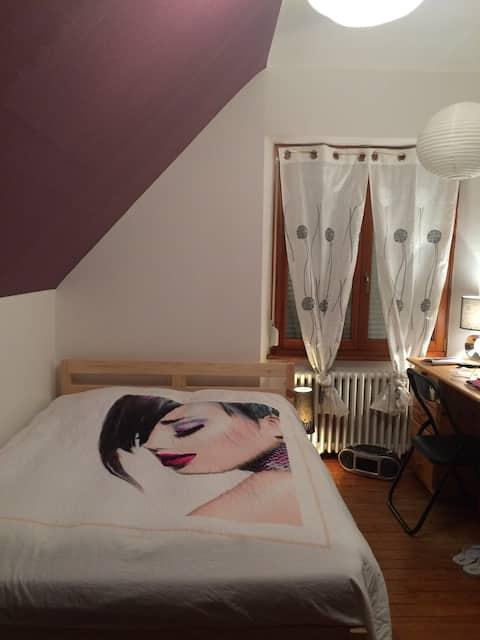 chambre, tout confort