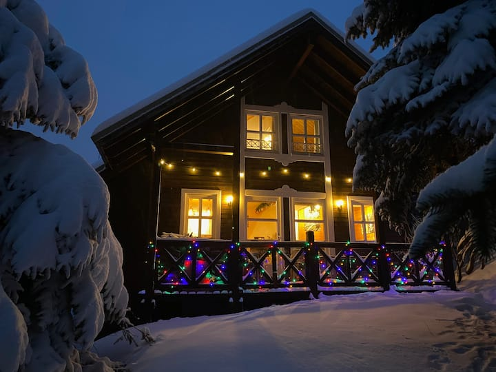 Cosy Alpine Chalet with Log Fire - La Foux d'Allos
