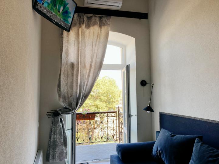 """Апартаменты двухуровневые  с балконом  """"4"""""""