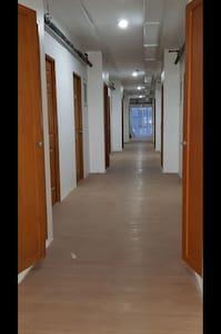 Ευρείς διάδρομοι