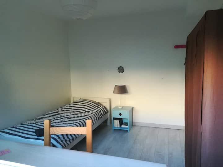 Chambre individuelle dans maison familiale