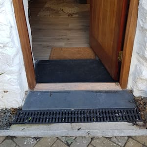 This property is suitable for someone with limited mobility but would probably not be suitable for a wheelchair user.  Weather bar of 40 mm at front door and 70mm step down into the croft. doorway is 780mm wide.