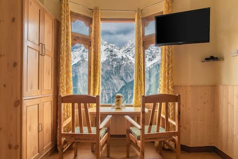 Cozy Room | Kalpa-View | Balcony | Sunset Point