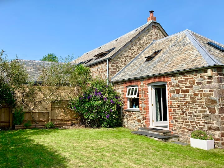 Cosy barn with fantastic countryside views