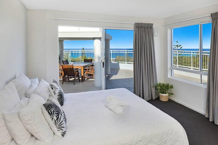 Beachside Resort Buddina - Penthouse Sth