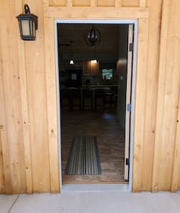 wheelchair accessible entry with threshold