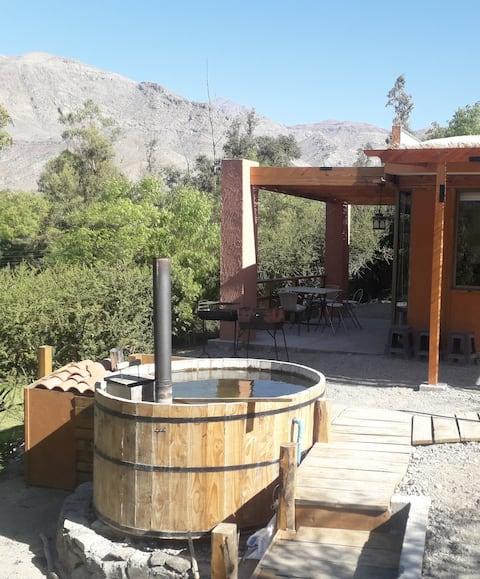Cabañas Valle del Elqui con tina caliente