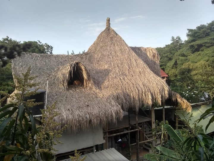 Eco Bamboo Lodging/Private Room/first floor