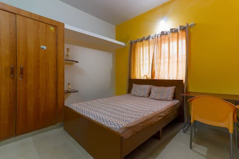 Entire home , couple friendly ,in  Whitefield