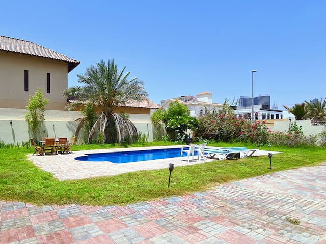 Master Room, private bathroom, pool, gym, garden