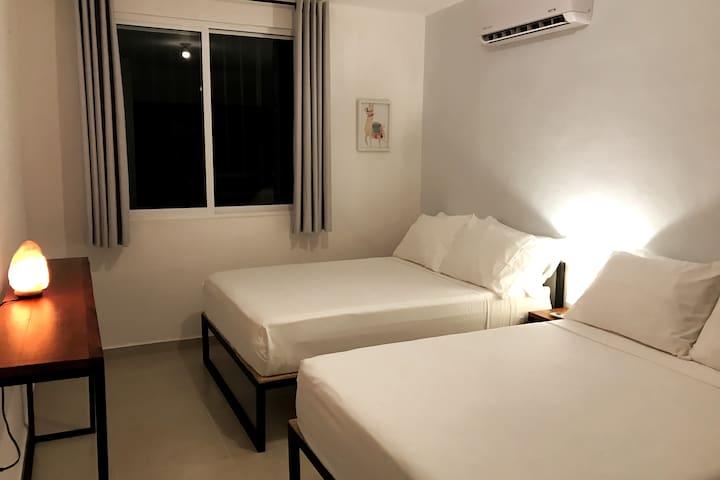 Habitación C / Bedroom C