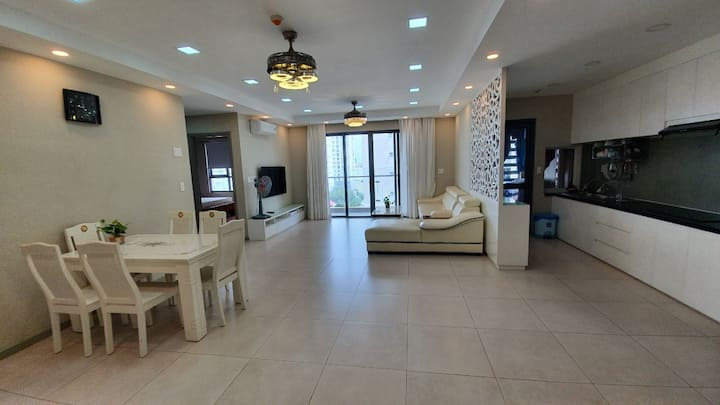 93m2,2BR,2WC excellent pool view Free Pool/Gym