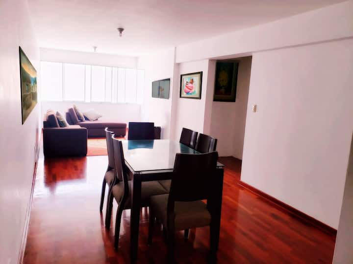 Luxurious all-inclusive apartment in Lima