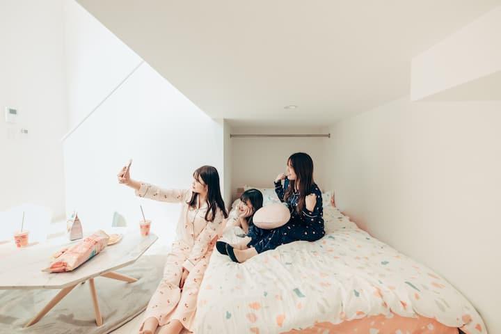 熊本駅 little 203号☆[かわいいインテリア&動画アプリ]Yogibo♡アパートメントホテル