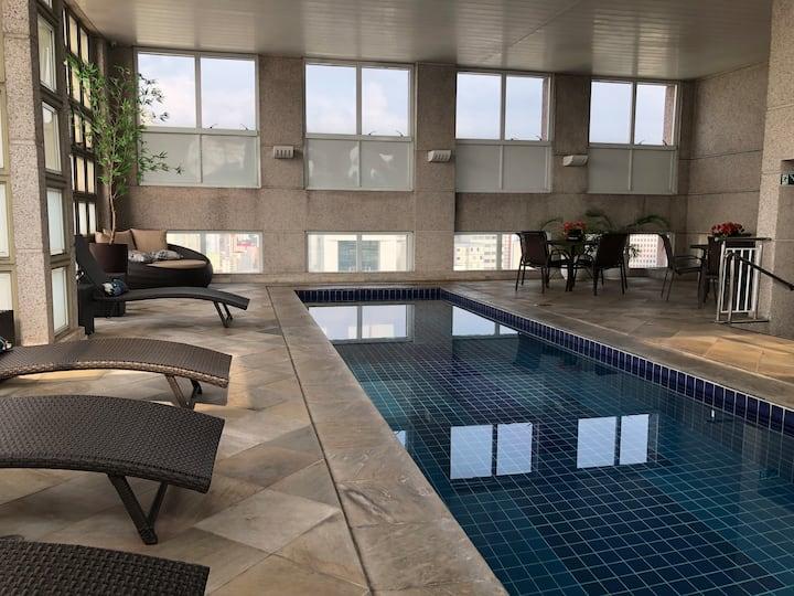 APTO HOTEL COM LIMPEZA DIÁRIA/HOSPITAIS/AUTO
