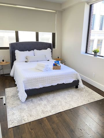 Queen Size Bedroom with Blackout shades