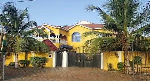 Rooms at Coconut Pointe Villa & Beach Resort