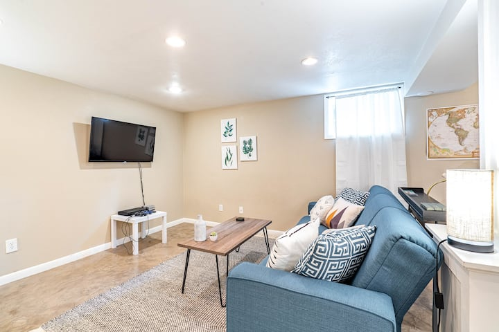 5 min from Downtown, Classic Charm in Arbor Lodge!