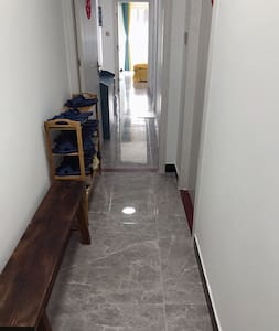 מסדרונות רחבים