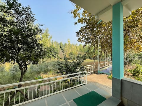 THE SUITE at Aaramgah - Farm and Forests