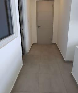 Hallway 140 cm. Door 81 cm.