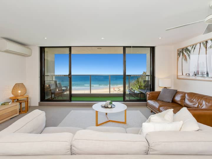 Kirra #26 Luxury Beachfront Family Apartment