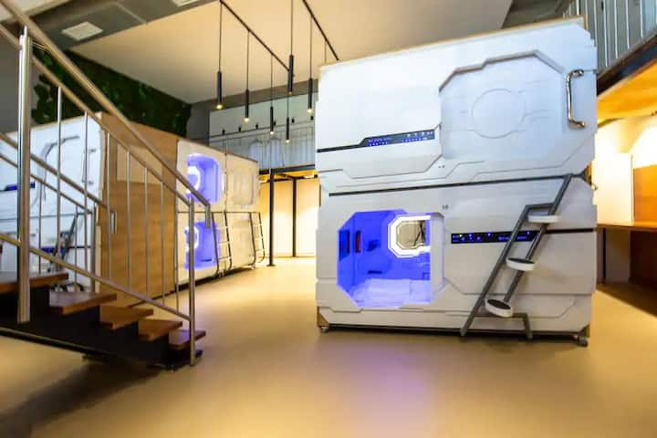 Area 24|7 capsule hotel. Capsule in Mixed dorm.