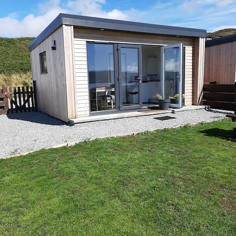 Lampay Chalet 1    Self Catering