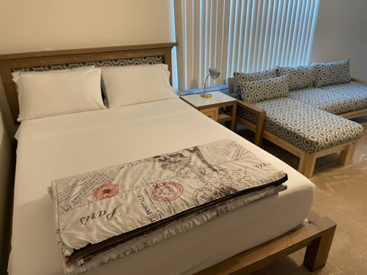 Luxury Stay! Minutes from Downtown DC & much more!